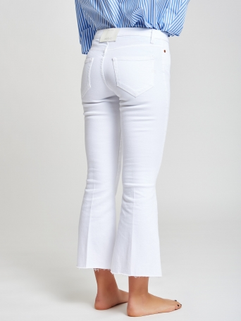 JEANS BLANCOS CROPPED